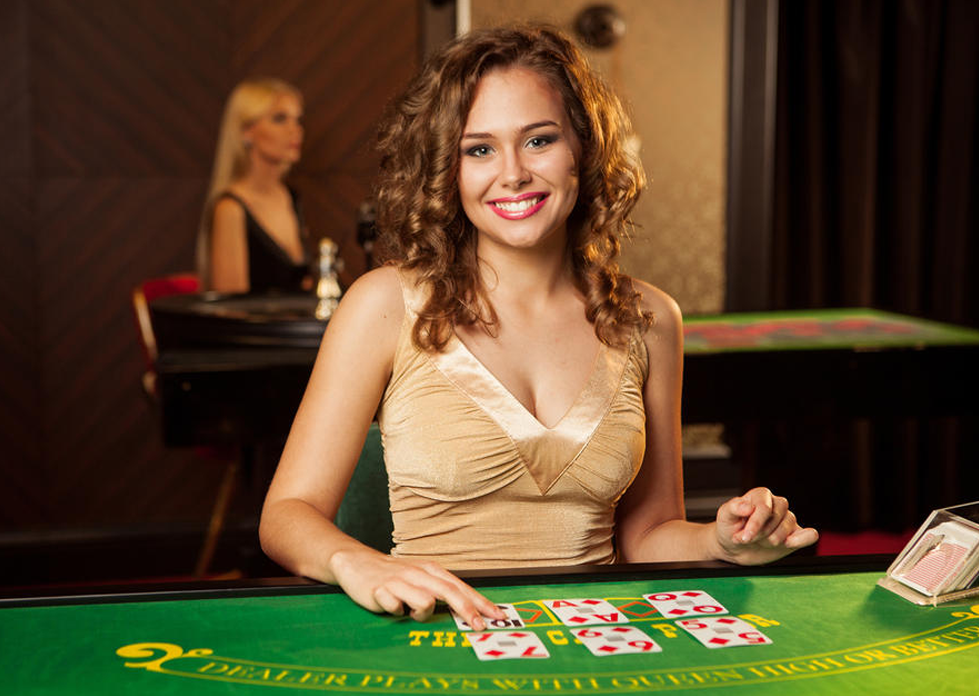 How to play baccarat and win at online casinos